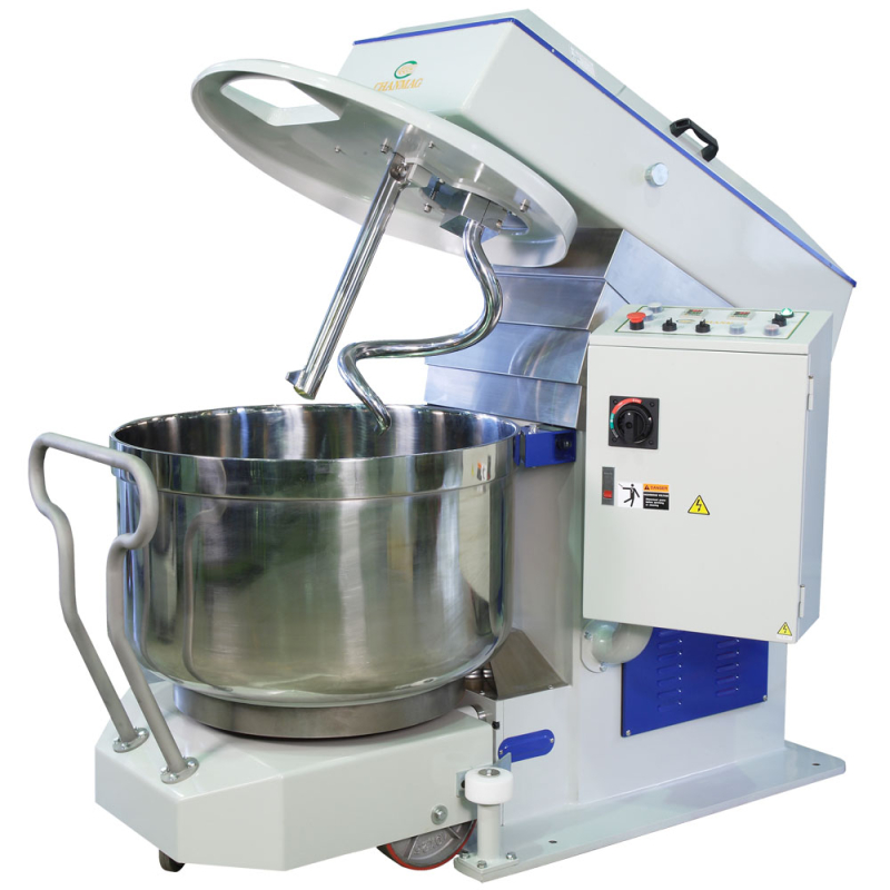 Mixer with removable bowl